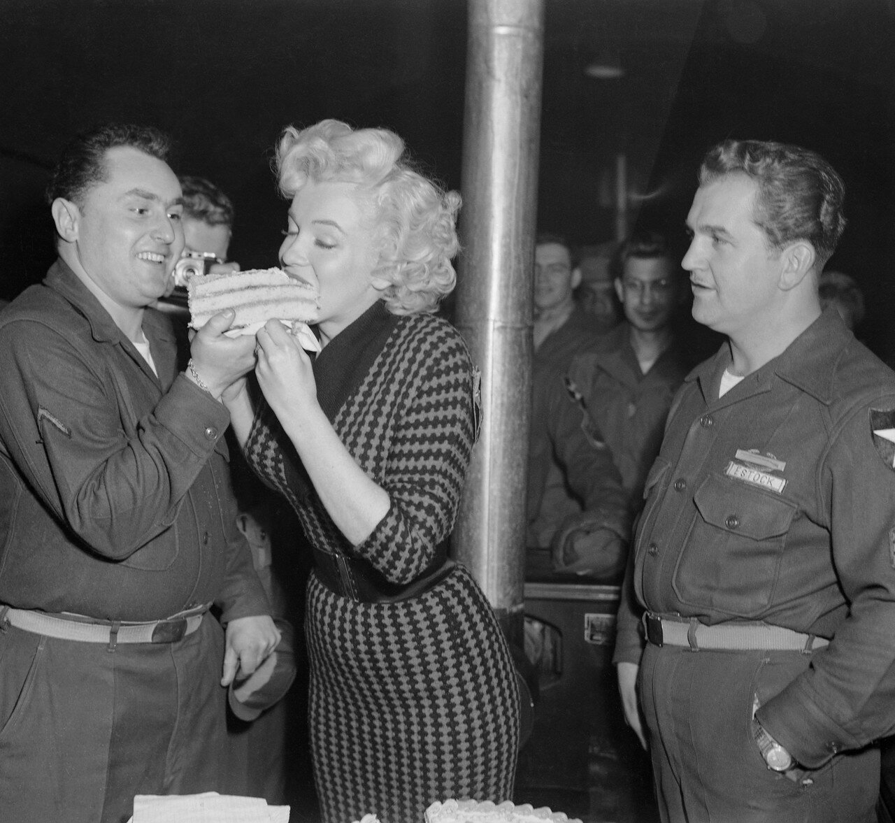 Marilyn Monroe Eating Cake
