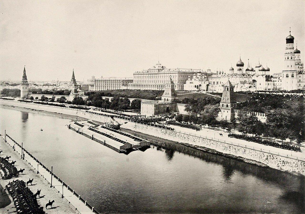 376. Празднование 900-летия крещения Руси 15 июля 1888