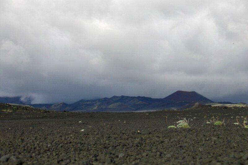 Вулканический шлак на Толбачике, Камчатка