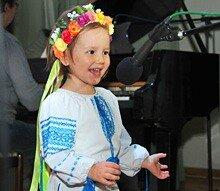 Наймолодша учасниця Фото: Василь Артюшенко