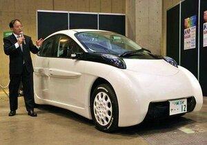 4-местный электромобиль пробегает до 300 км без подзарядки