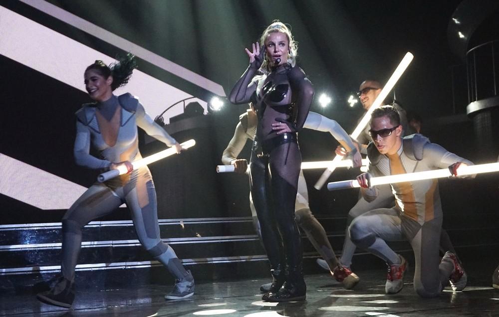 Выступление Бритни Спирс