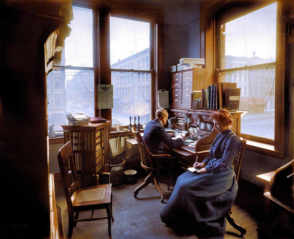 Circa 1902. Richmond & Backus Co. office, Detroit (colorized).