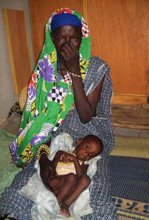 18. На 4-м месте из-за Гражданской войны оказалась Мали. Здесь 122 ребенка из 1000 умирает, не дожив