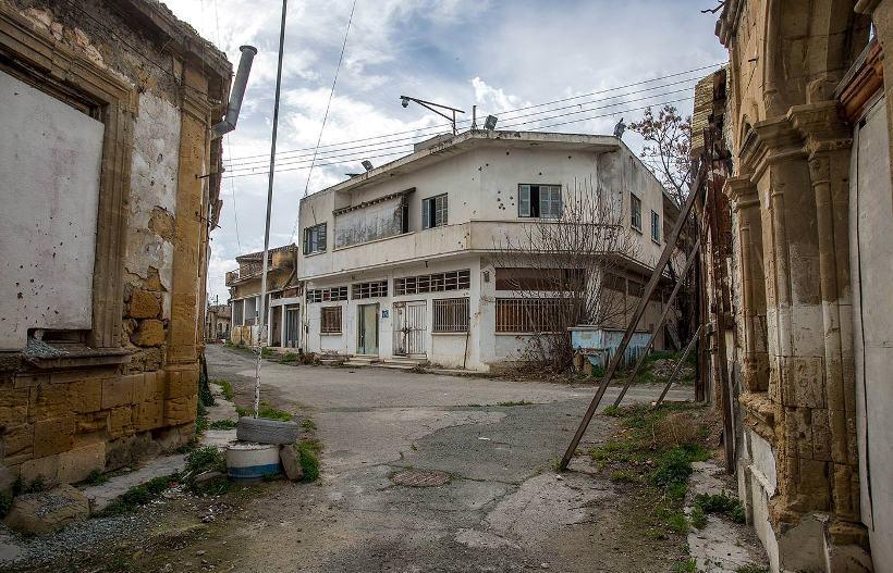 Мёртвый город посреди ничего (28 фото)