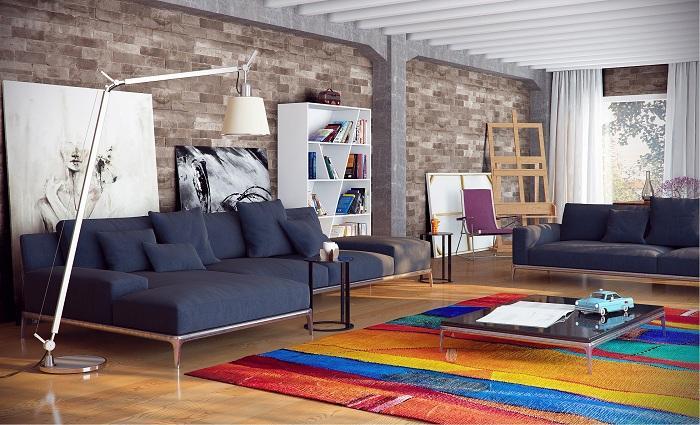 10. Нестандартный интерьер Яркий коврик на полу в такой шикарной комнате с интересной каменной кладк
