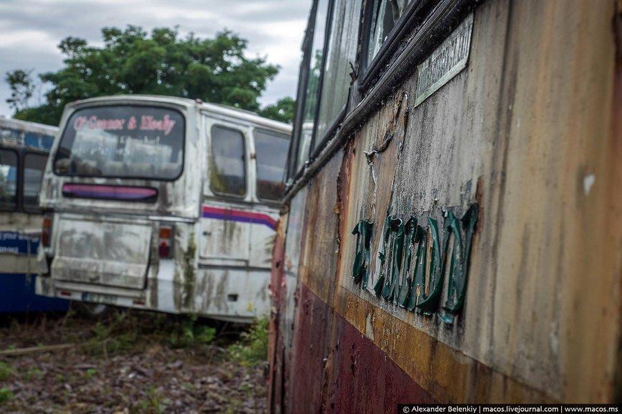 Здесь собирались делать частный музей общественного транспорта, подобного в республике Ирландия нет.