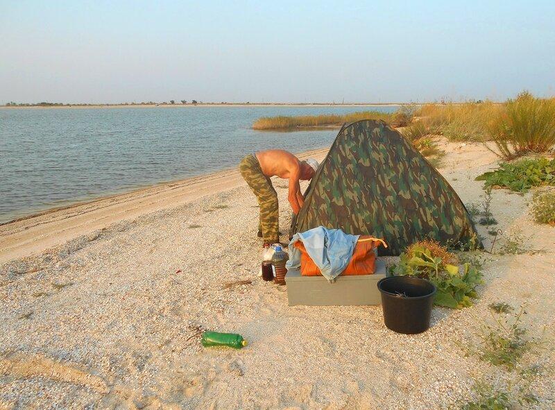 У палатки ... DSCN7409.JPG