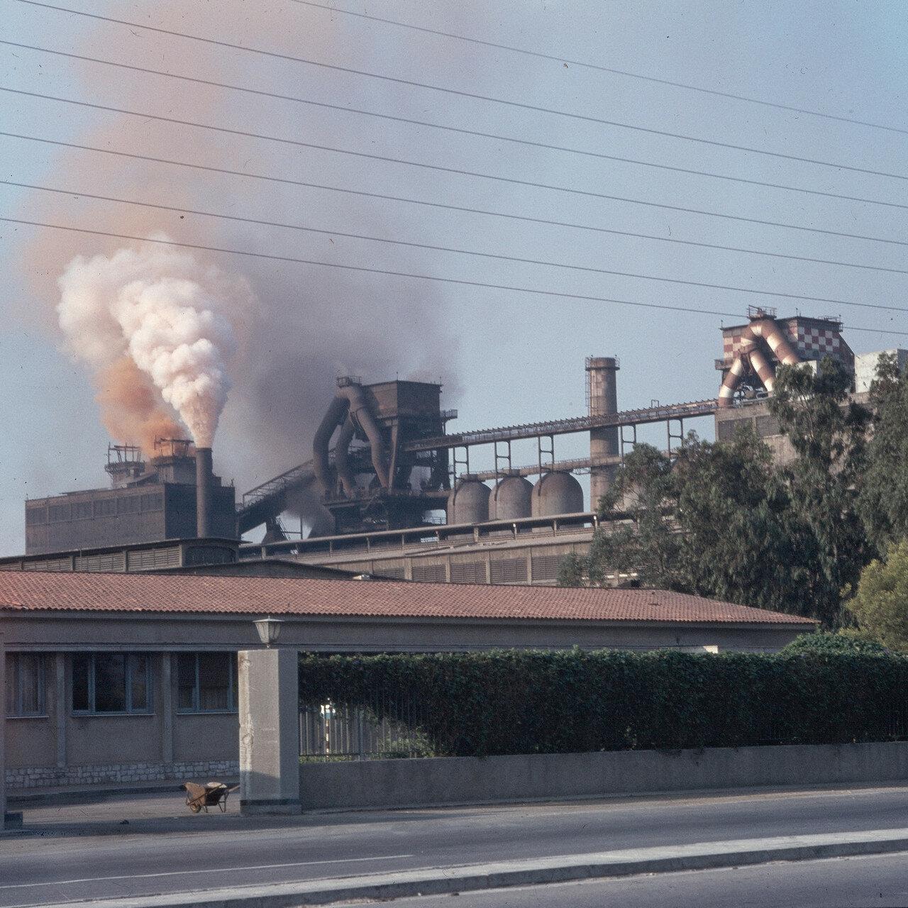 1970. Элевсин. Медный завод в заливе Элевсин