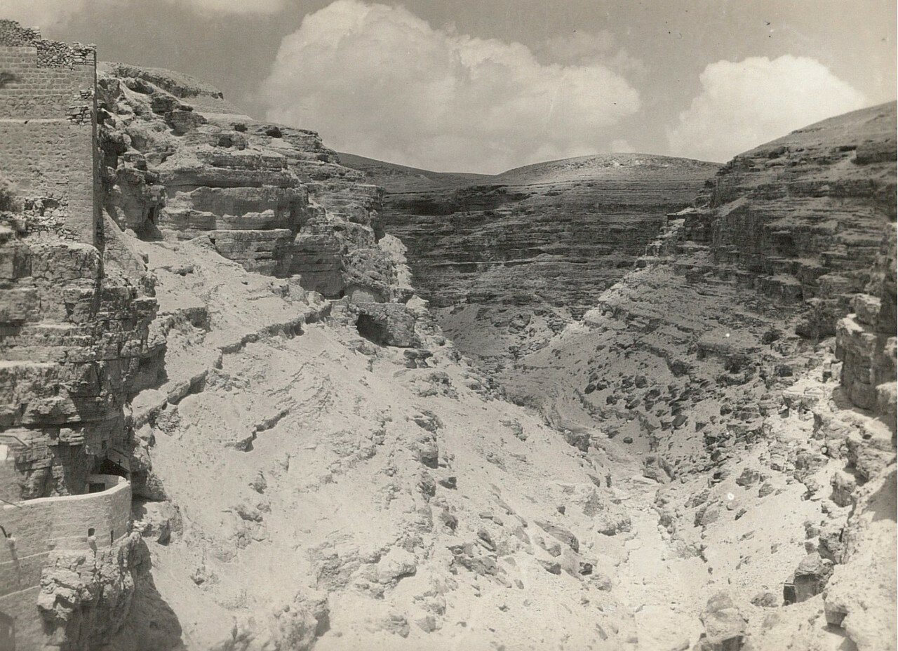 Кедронская долина. Южный склон ущелья Кидрон («Вади ан-Нар»