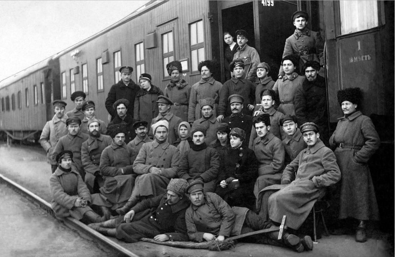 Беспогонники.1917