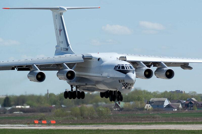 Ильюшин Ил-78М (RF-94288 / 83 синий) D808028a