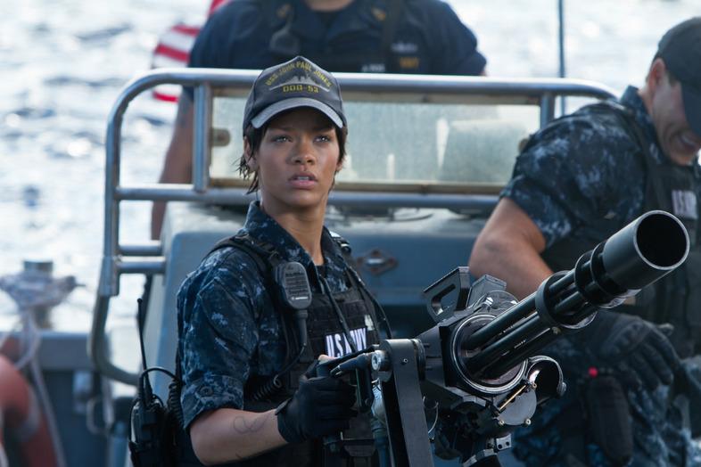 Рианнана съемках фильма морской бой