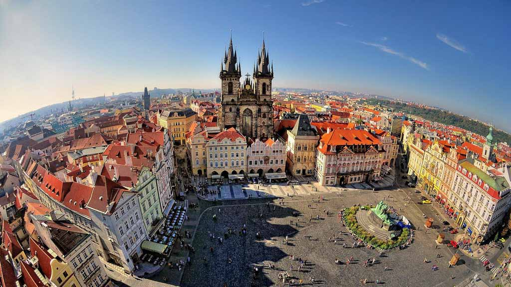 tourism in the czech republic Tourism in the czech republic high and low tourist seasons in thebeautiful european country absent in any season, good weather or bad weather, thousands of tourists strolling along the golden streets of prague to see the sights of czech castles.