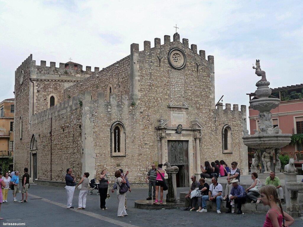 Il Duomo.  Taormina. (40).jpg