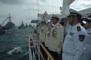 Корабли ВМС Китая посетят Владивосток