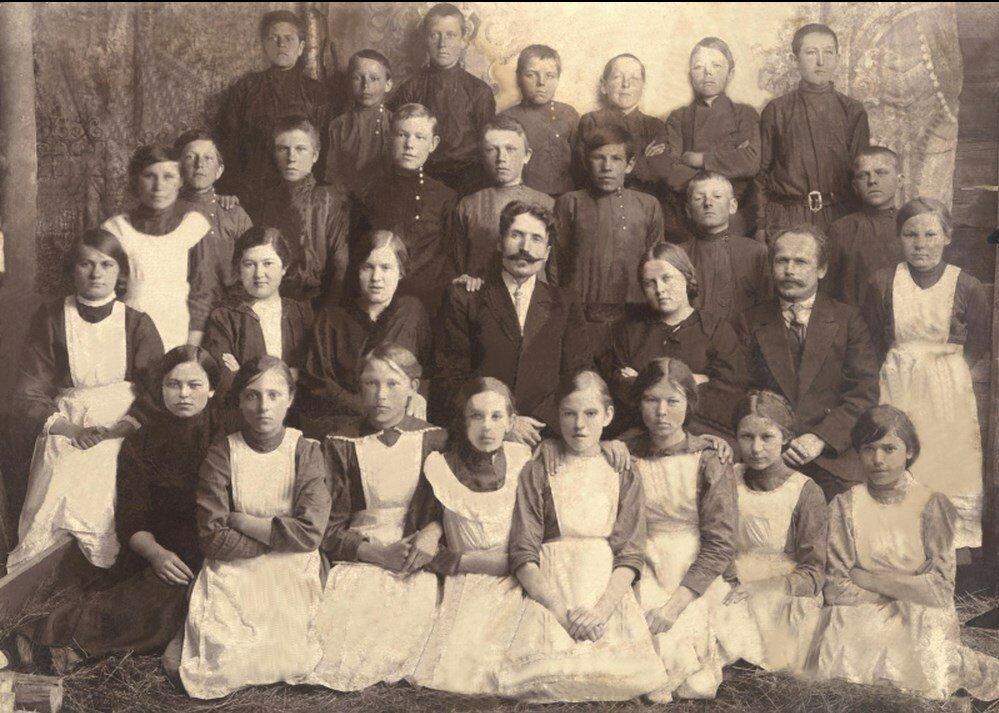 1914. Выпускники Балахтинского двухклассного училища