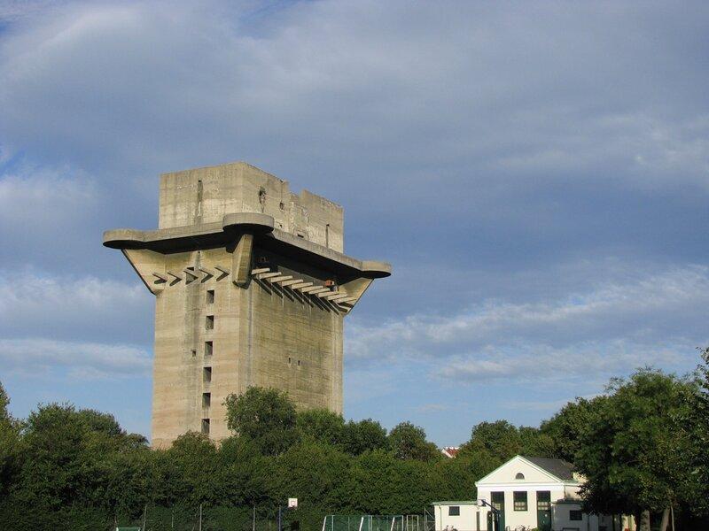 Вена, Аугартен, башня L - 1011-1.jpg
