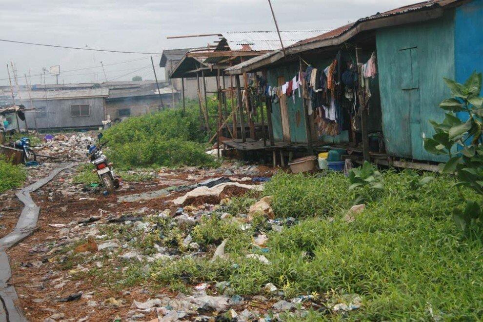 Картинки по запросу бедность нефте стран в лагосе