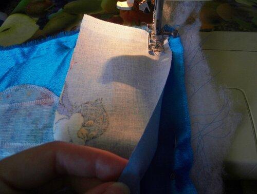 Сделать своими руками развивающий коврик...окантовка ткани