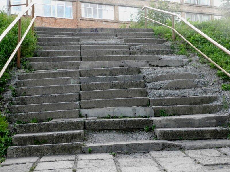 Лестница на фуникулере