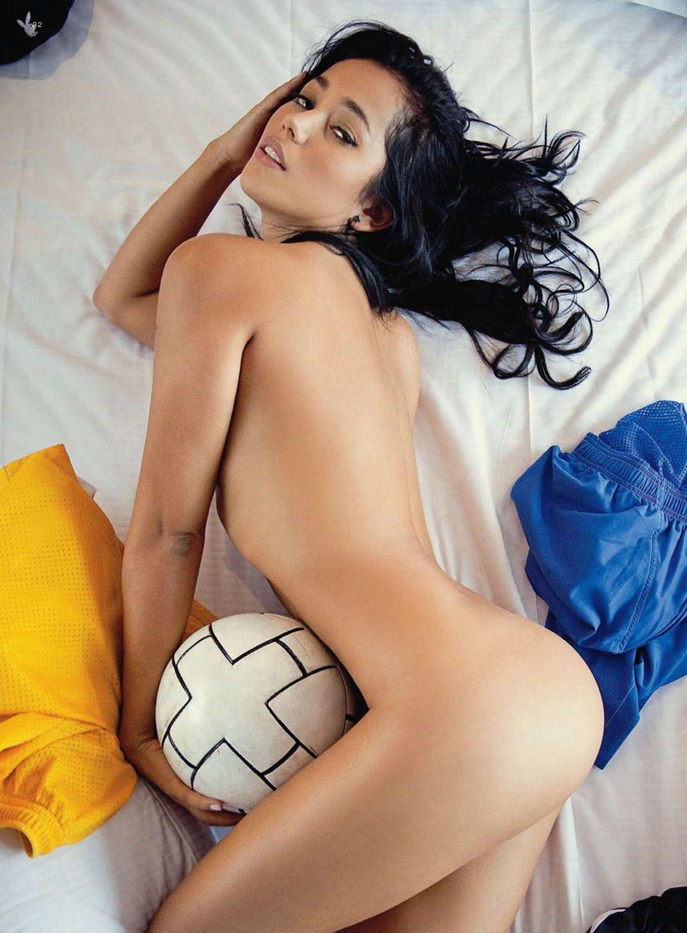 Playboy Netherlands september 2011 - win win