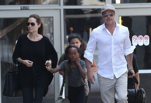 Приёмная дочка Питта и Джоли собирается вернуться на родину