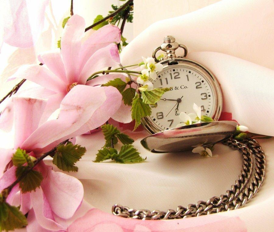 time__by_mamabakasi-d3e1dzi.jpg