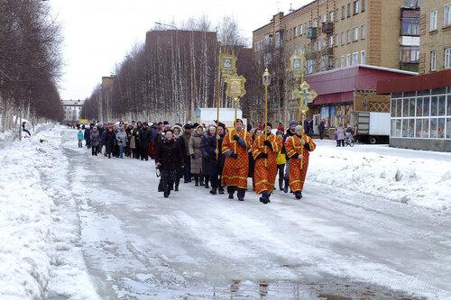 Фото города Инта №7547  Пасхальный крестный ход на интинском