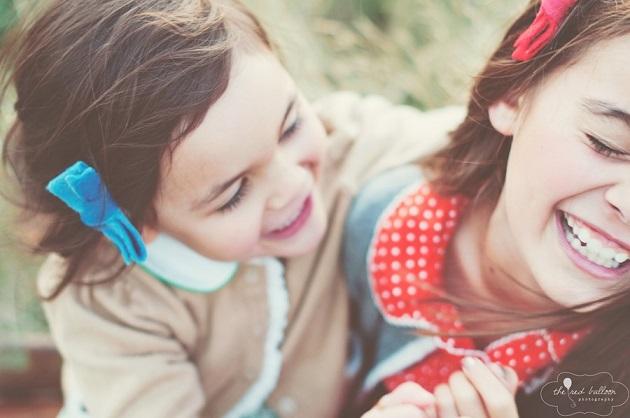 Искренние эмоции способны растопить своей теплотой самые холодные сердца и заставить улыбнуться в от