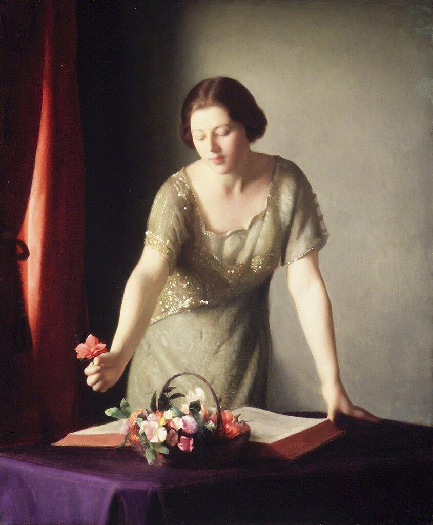 Женщина, организующая цветы.jpg