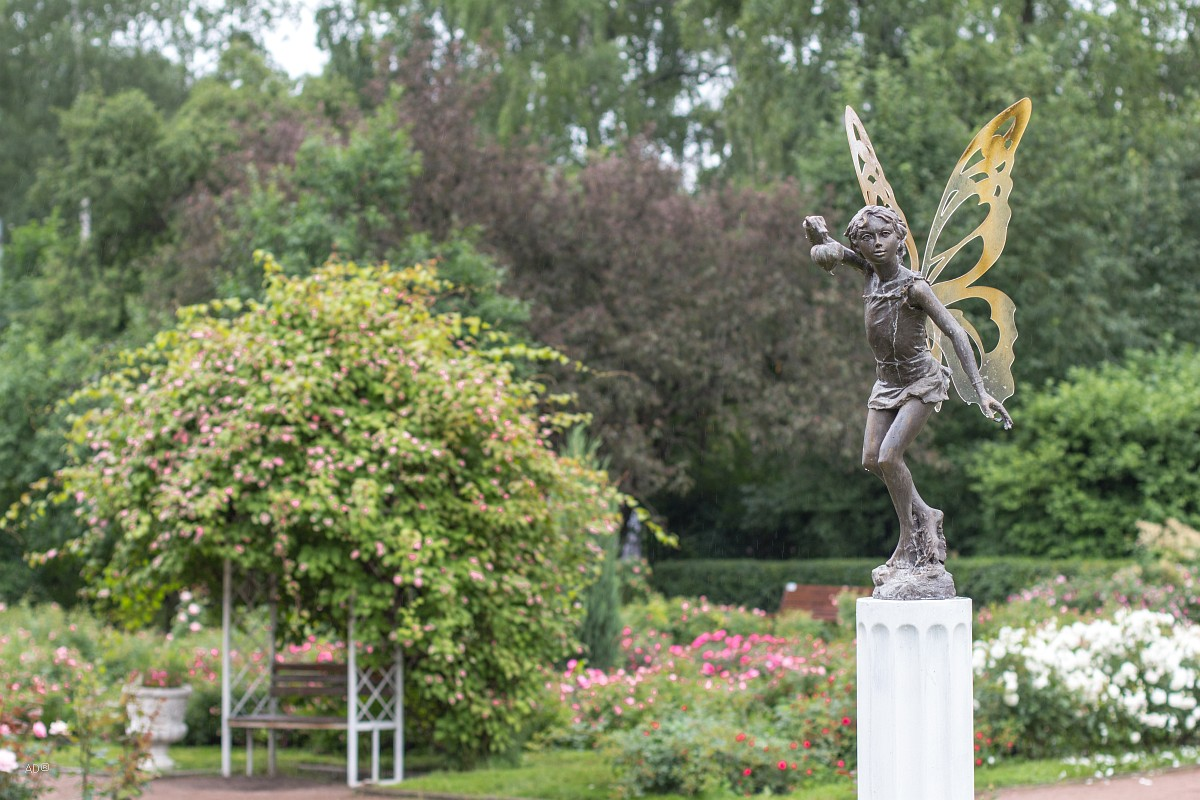 Статуя Бабочки