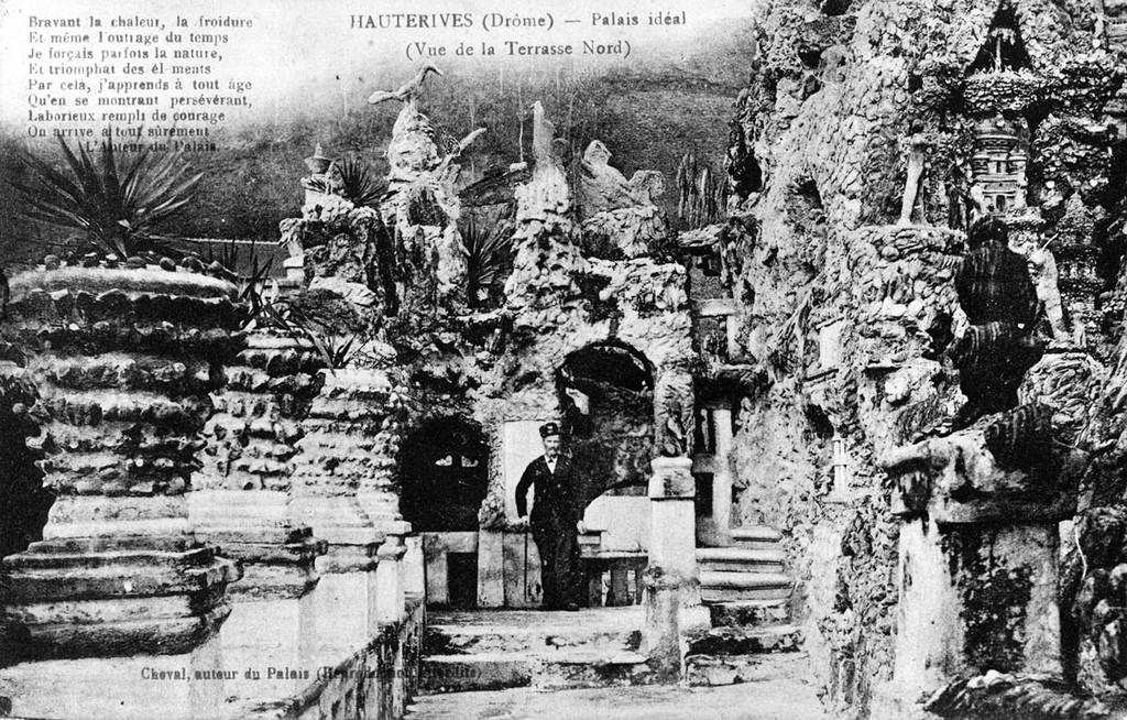 7. В 1894 году умерла пятнадцатилетняя дочь Шеваля от второго брака, это несчастье глубоко травмиров