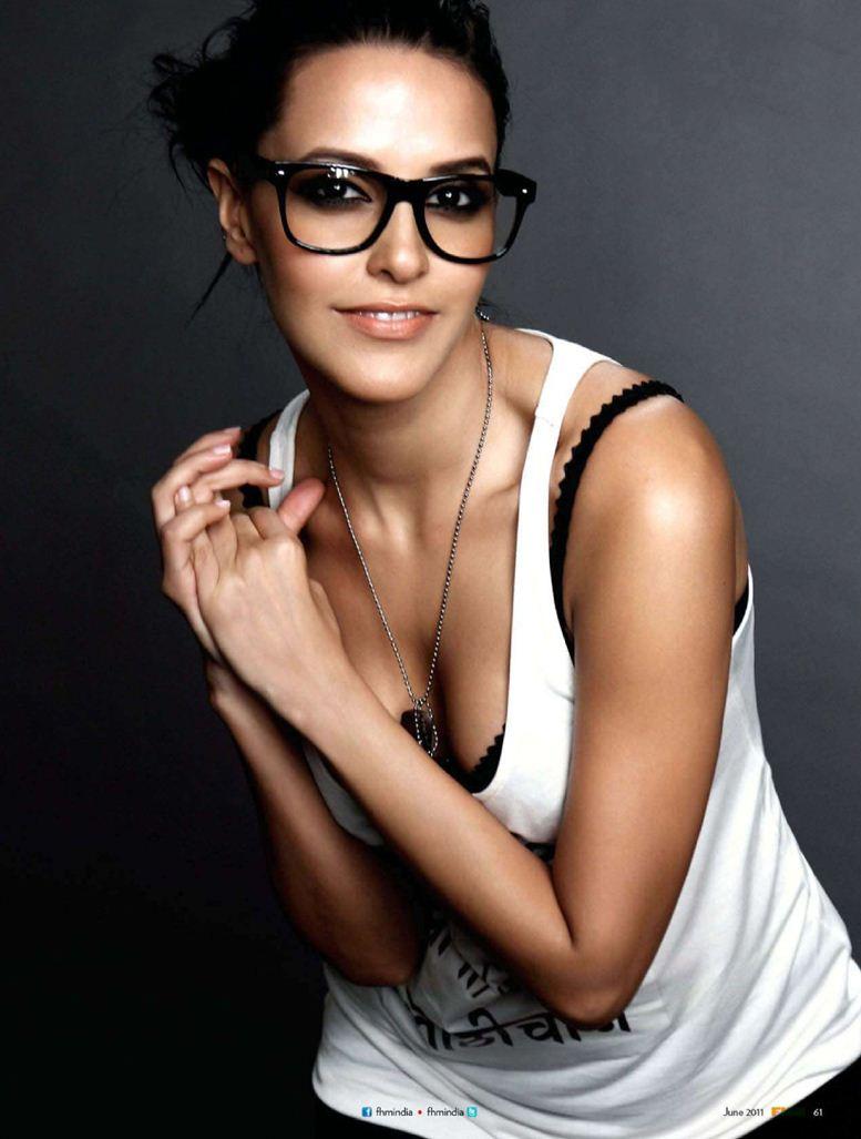 модель Неха Дупиа / Neha Dhupia