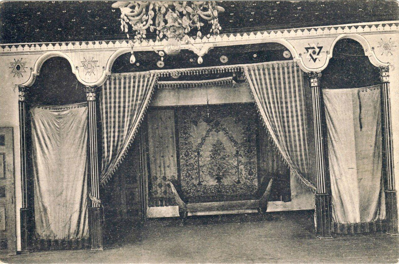 Дворец. Спальня Екатерины