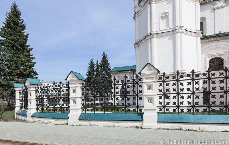 Ограда Храма Ильи Пророка в Ярославле