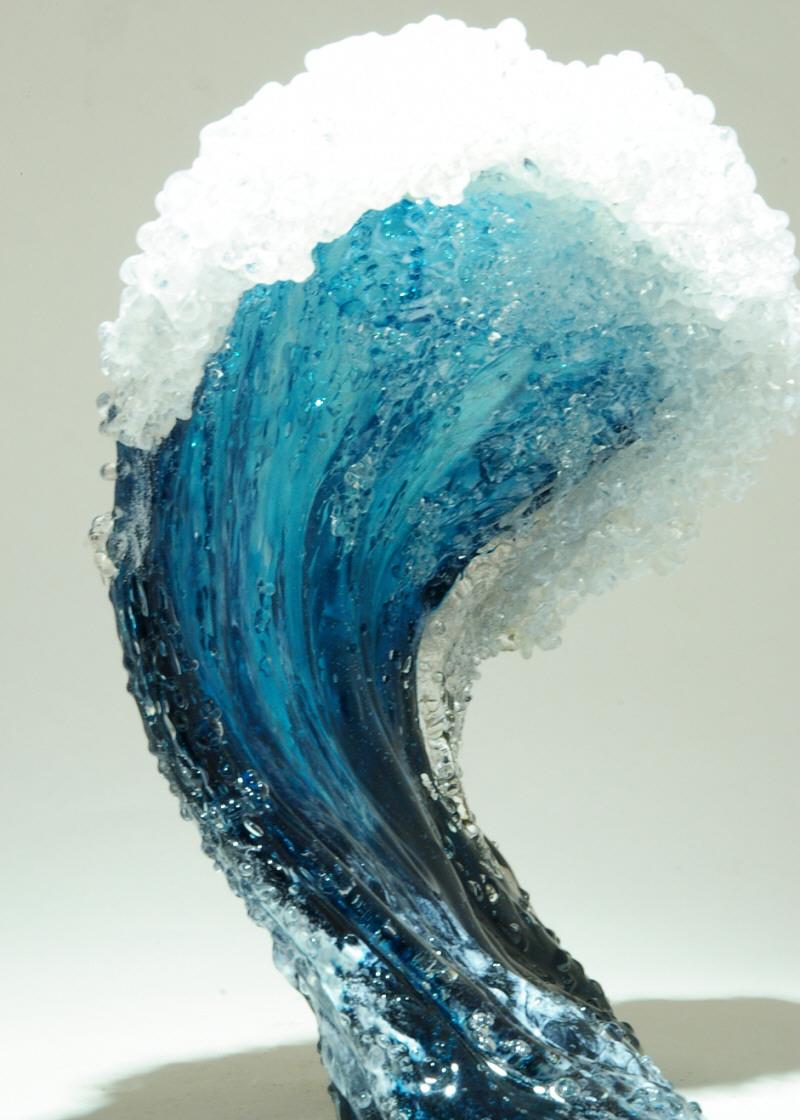 Стеклянные вазы - морские волны
