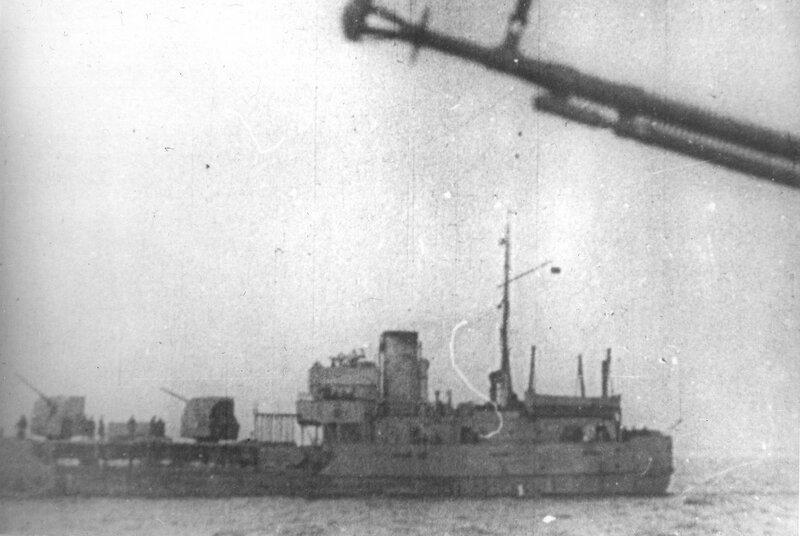 Канонерская лодка Ладожской военной флотилии «Бира» (тип «Амгунь») в Ладожском озере