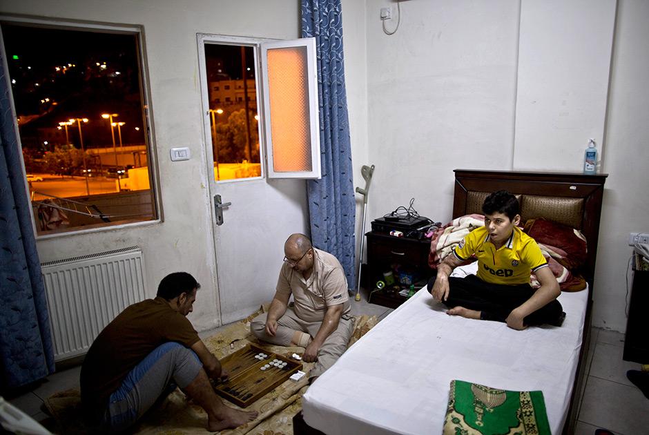 Юные жертвы войны на Ближнем Востоке в больнице Аммана 0 19b63f 3aae992b orig