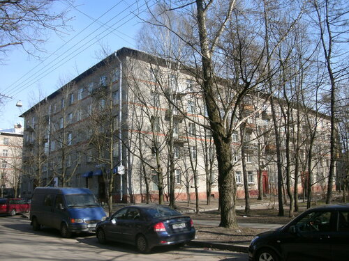 Гданьская ул. 15