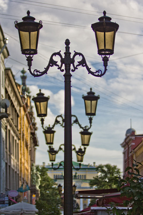 Санкт-Петербург, Малая Садовая улица, фонари