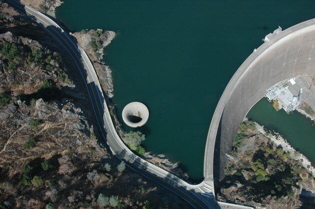 Плотина Монтичелло (Monticello Dam's). США