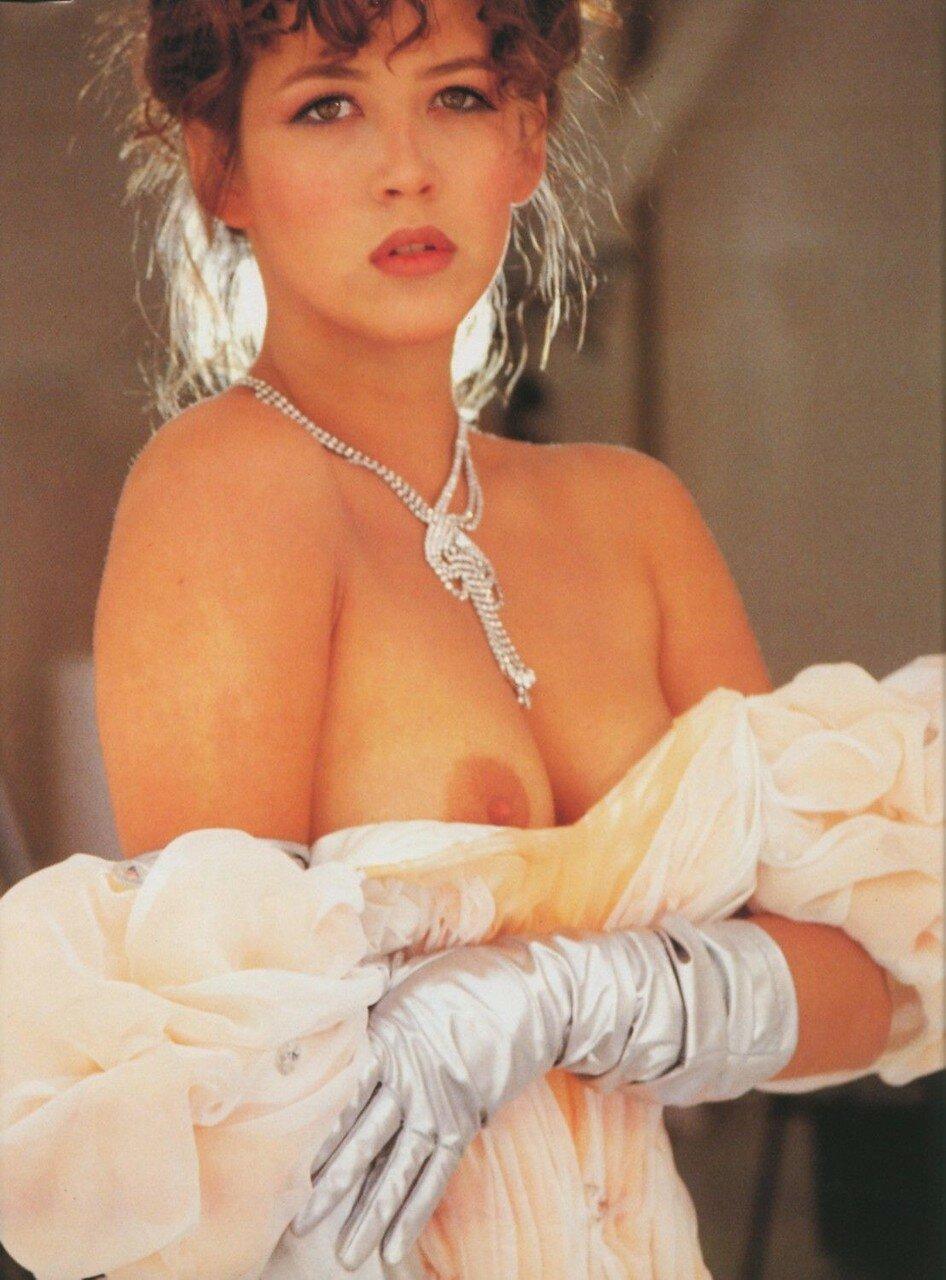 Французская актриса эротики 19 фотография