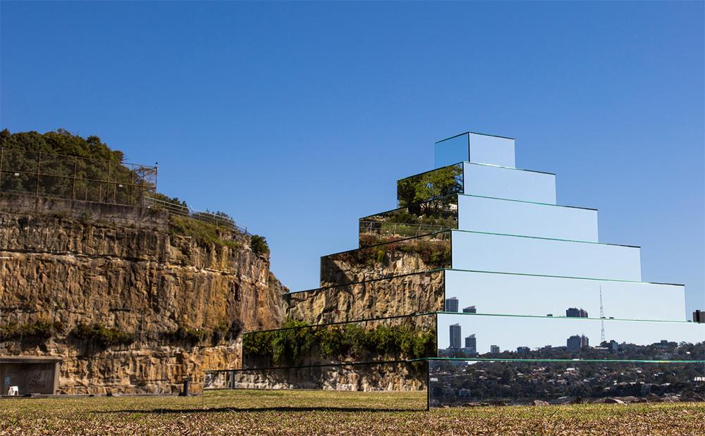 mirror-pyramid-5.jpg