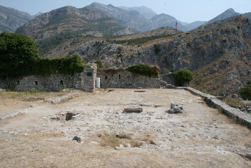 Водный резервуар