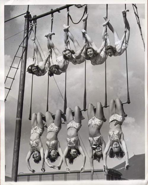 Aerial ballet, 1948.jpg