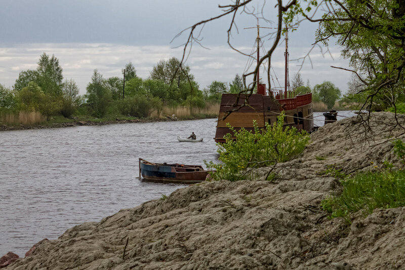 Набережная Новоладожского канала.