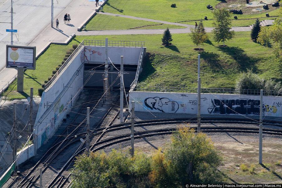 Волгоградский трамвай на земле и под землёй