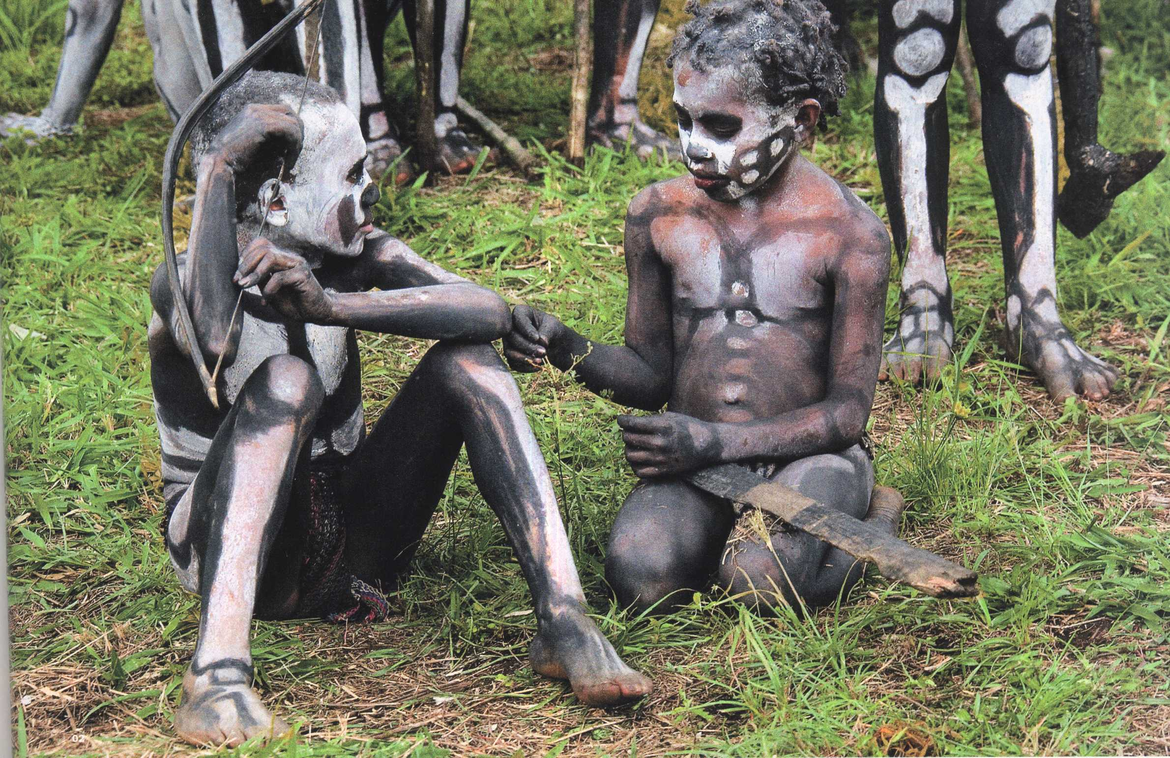Видео дикие племена голые хотел