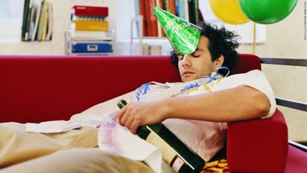 Советы специалиста о том, как вернуть себя в норму после праздников